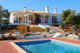 Detached 4 Villa set on a large plot with private pool...